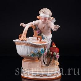 Фарфорвая статуэтка Амур с корзиной, A. W. Fr. Kister Porzellanmanufaktur, Scheibe-Alsbach, Германия, 19 в.