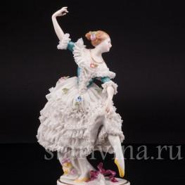 Фарфоровая статуэтка танцовщицы Балерина, кружевная, Volkstedt, Германия, кон. 19 - нач. 20 вв.