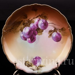 Декоративная фарфоровая тарелка Сливы, Porzellanfabrik Marktredwitz, Jaeger & Co., Германия, 1872-1898 гг.